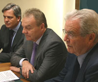 Jaime Fúster, Andrzej Malinowski and Antonio Garrigues during the press conference