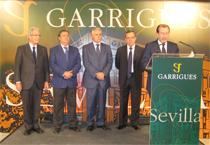 De izquierda a derecha: Antonio Garrigues, Juan Ignacio Zoido, Francisco Menacho, David Moreno y Fernando Vives.