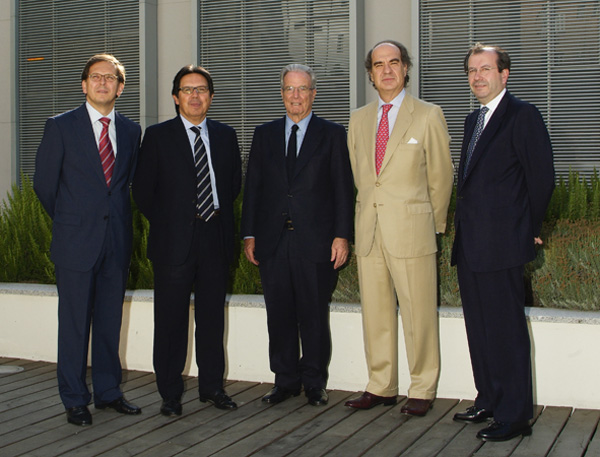 De izquierda a derecha, Ricardo Gómez-Barreda, Miguel Gordillo, Antonio Garrigues, José María Alonso y Fernando Vives.