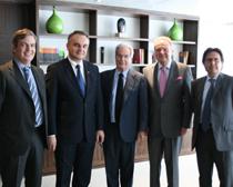 Jaime Fúster, Waldemar Pawlak, viceprimer ministro de Polonia, Antonio Garrigues, Andrzej Malinowski, presidente de la KPP y Miguel Gordillo.