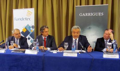 Eulalio Ávila, Íñigo de la Serna, Víctor Calvo-Sotelo y Fernando Vives en la inauguración de la conferencia.