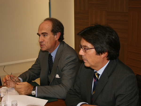 Miguel Gordillo and José María Alonso during the Press Conference with journalists